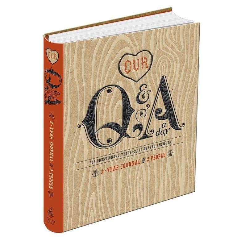 Q&a a day 3 year journal for 2 people