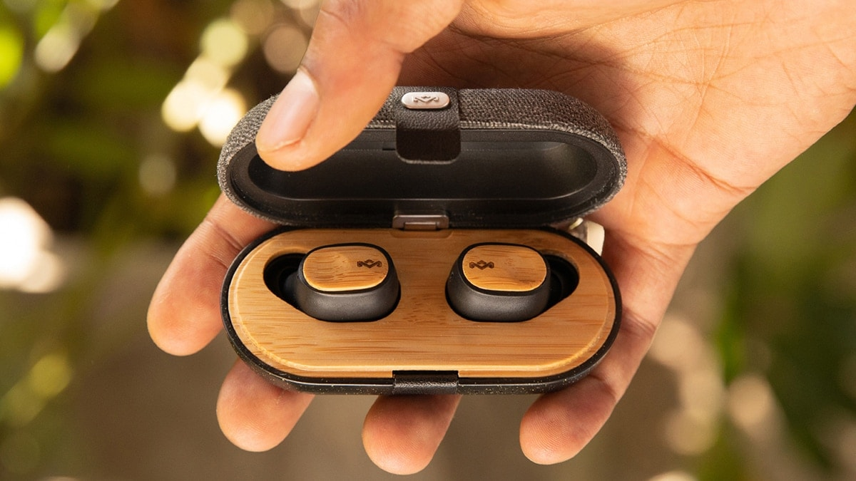 Eco-friendly Wireless Headphones – For Him